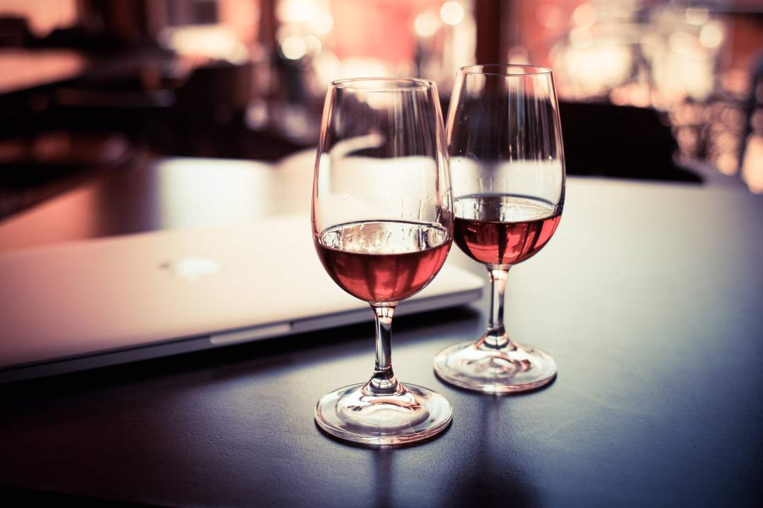 software_outsourcers_wine_review
