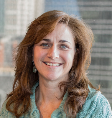 Katie Tolchin, Reasearch Analyst